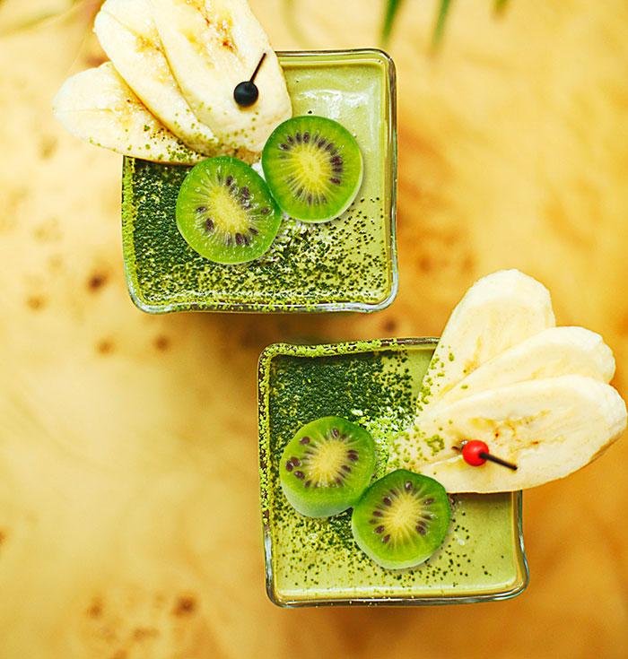 Coconut-rice milk, Kiwiberries banana smoothie